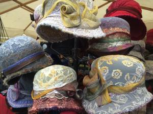 easter bonnets krakow